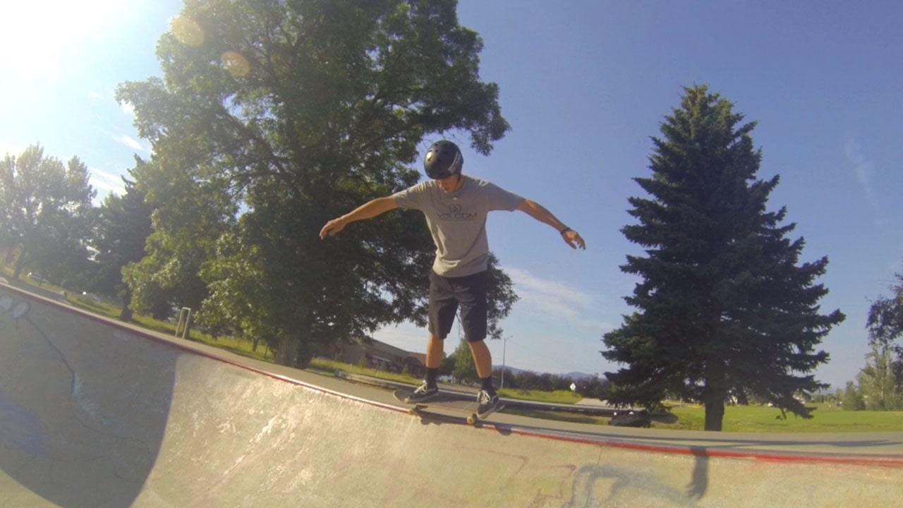 Skateboard Axle Stall